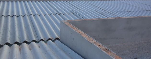 telhado com telhas de fibrocimento